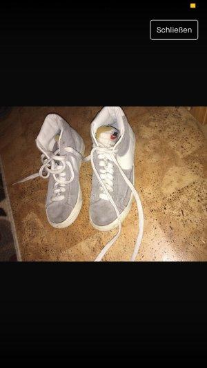 Nike Blazer Schuhe
