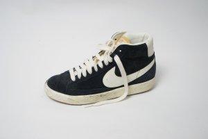 Nike Blazer schwarz