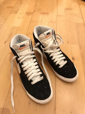 Nike Sneaker alta nero-bianco sporco