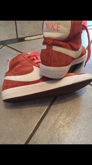 Nike Blazer Top in Orange