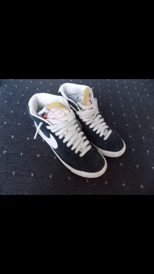 Nike Blazer Vintage.