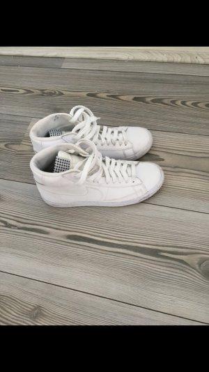 Nike Blazer weiß Leder