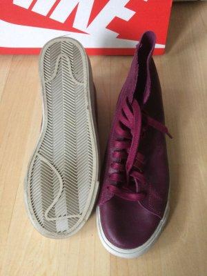 NIKE Blazer Women Mid Decon Leather - bordeaux - purple