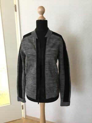 Nike Blouson grau schwarzer Strick