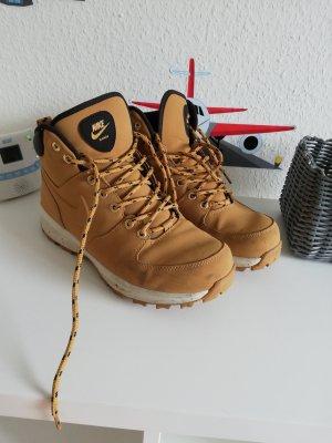 Nike Botas de nieve marrón