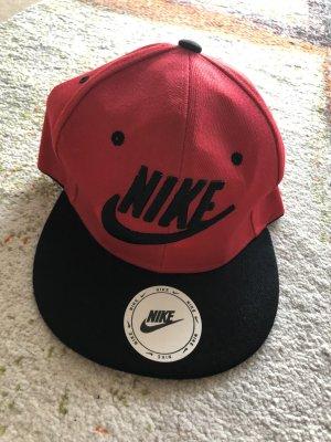 Nike Platte pet baksteenrood-zwart
