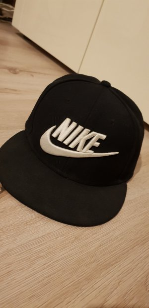 Nike Cap white-black