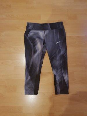 Nike Pantalon 3/4 blanc-noir polyester
