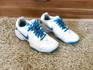 Nike City Court Sportschuhe weiß blau