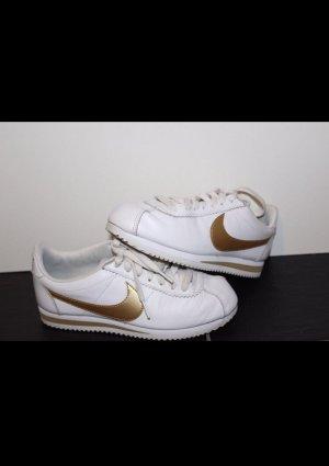 Nike Classic Coretz