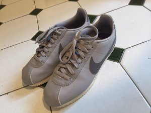 Nike Cortez Classic Leather Sneaker