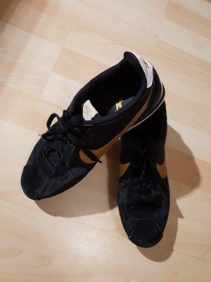 Nike Cortez/ Nike Schuhe/ Sneaker/ Sportschuhe