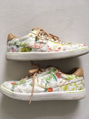 Nike Court Blumenprint