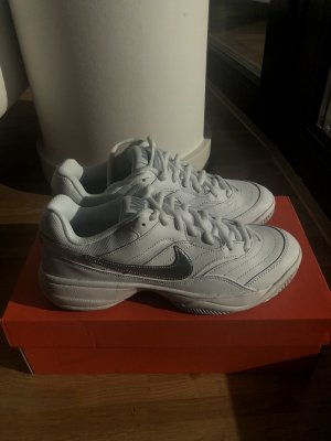 Nike Court Lite Sneaker Gr. 39 NEU