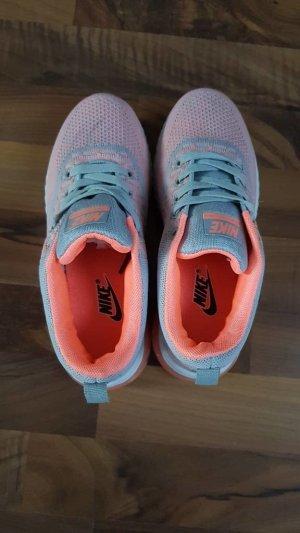 Nike Damen