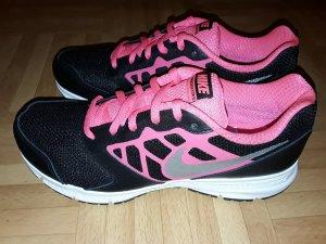 Nike Downshifter 6 Gr. 38