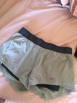 Nike dri-fit Shorts.