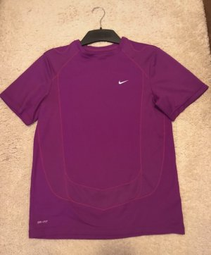 Nike Dri-Fit T-Shirt in lila