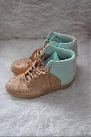 Nike Dunk Sky Hi Vt QS