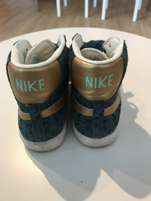 Nike Sneaker stringata blu cadetto-oro