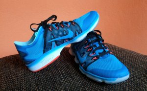 Nike Fitnessschuh *NEU* Wmns Zoom Fit Agility 2