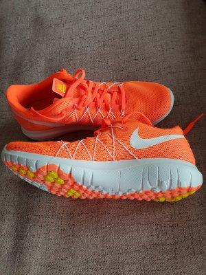 Nike Flex Fury