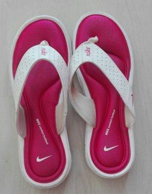 Nike Flip-Flop Sandals white-pink