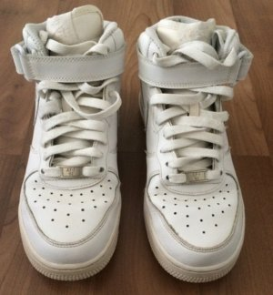 Nike Force Weiss in Top zustand
