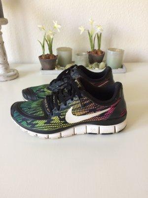 Nike Free 5.0 Größe 39 (fällt kleiner aus)