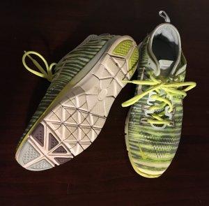 Nike Free 5.0 grün/grau, 37,5