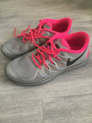 Nike Free 5.0  H2 O  REPEL