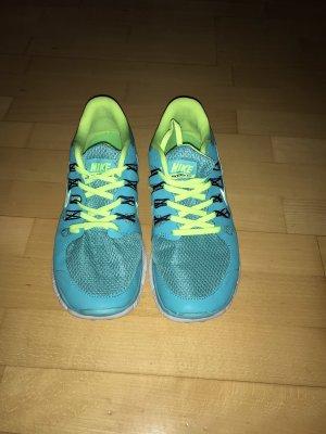 Nike Free 5.0 in Größe 42