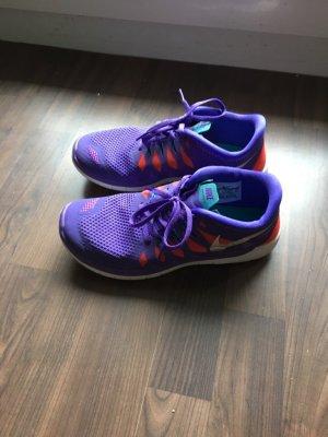 Nike Free 5.0 in Lila
