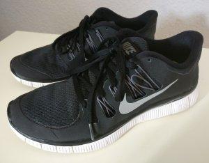 Nike Free 5.0 schwarz Größe 40,5