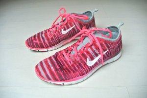 NIKE Free 5.0 TR Fit 4 Prt Sneaker - Gr. 38,5 (7.5) - Indy Tiger Pink NP 119,95€