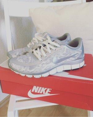 Nike Free 5.0 V4 Print Blogger Sneaker Gr.39