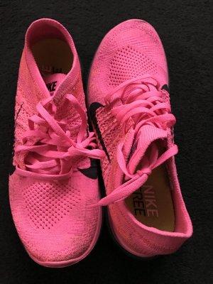 Nike Free Damenschuhe