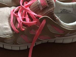 Nike Free Gold beige nude Pink Größe 39
