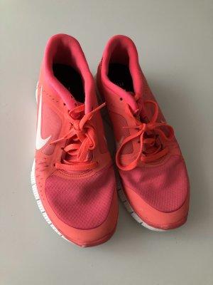 Nike Zapatilla brogue blanco-naranja neón