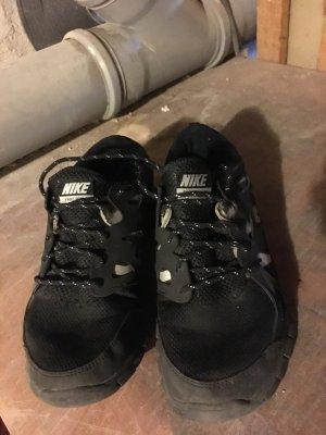 Nike Free in Schwarz