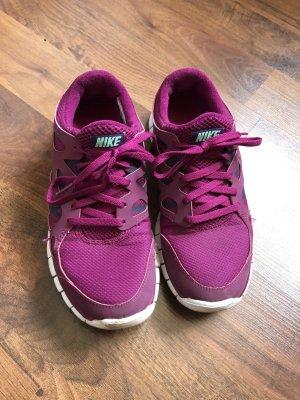 Nike Free lila Brombeere 38,5
