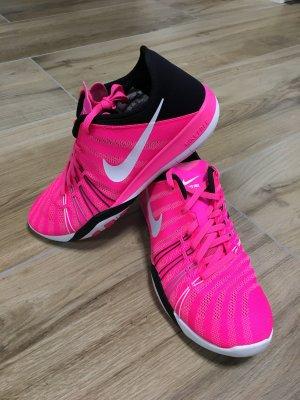 Nike Free Performance pink blast/Black/white Gr 40 *neu*