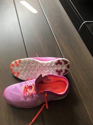 Nike Free Run 5.0 , wie neu , Größe 38,5