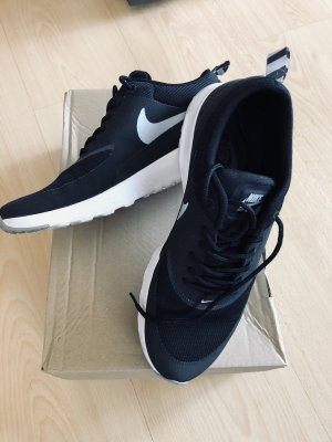 Nike Free run Gr. 41 Schwarz