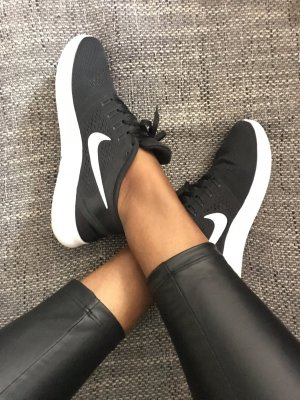 Nike Free run schwarz / weiß