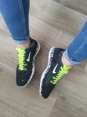 Nike Free Sneaker Sportschuhe Fitness