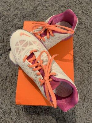Nike Zapatilla brogue crema-violeta