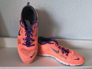 Nike Free TR Fit 4 Größe 39