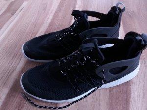 Nike Free Viritous Womens Damen Laufschuhe schwarz Gr. 44 wie neu