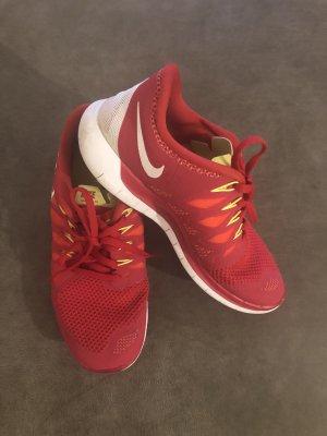 Nike Frees 5.0 Sportschuhe